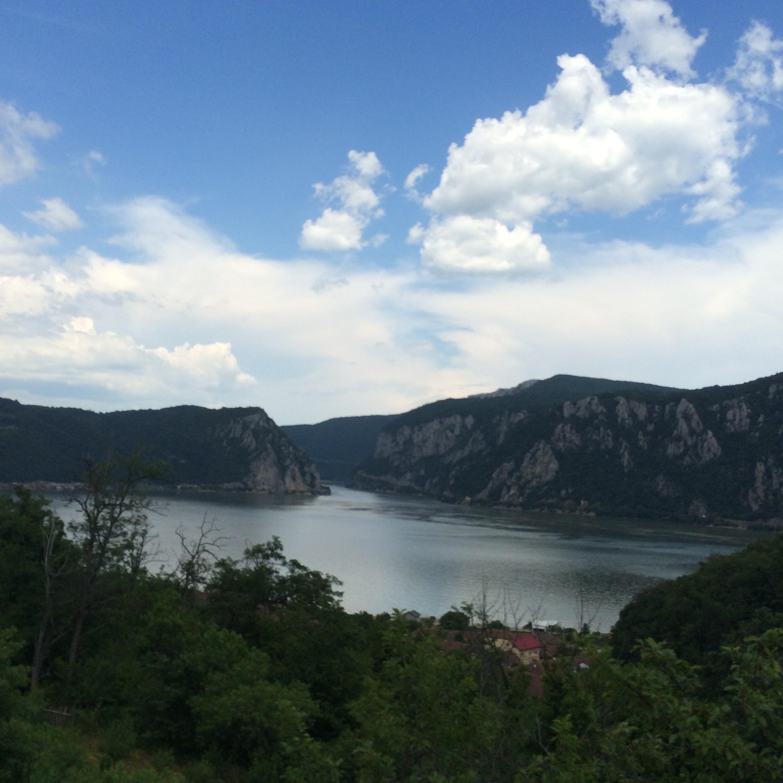 Top 5 locuri de vizitat toamna in Romania de Sud-Vest